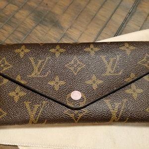 Louis Vuitton Josephine wallet
